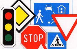 Theoretischer Unterricht für Auto und Motorrad in der Fahrschule Oscar in Deutsch oder Englisch